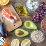 A table of healthy foods that contribute to lower cholesterol levels